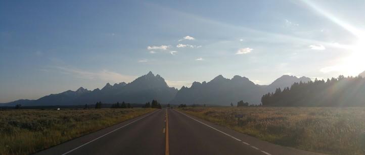 tetons mountain highway