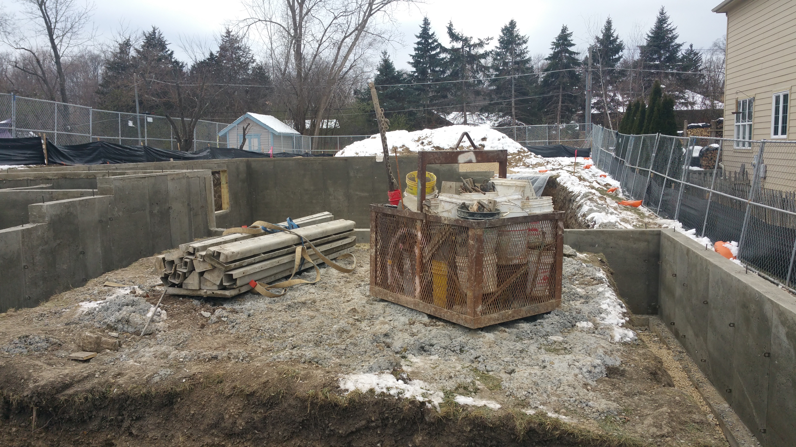 foundation-tools-ready-to-leave-site