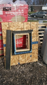 gasket-next-to-mock-wall-assembly