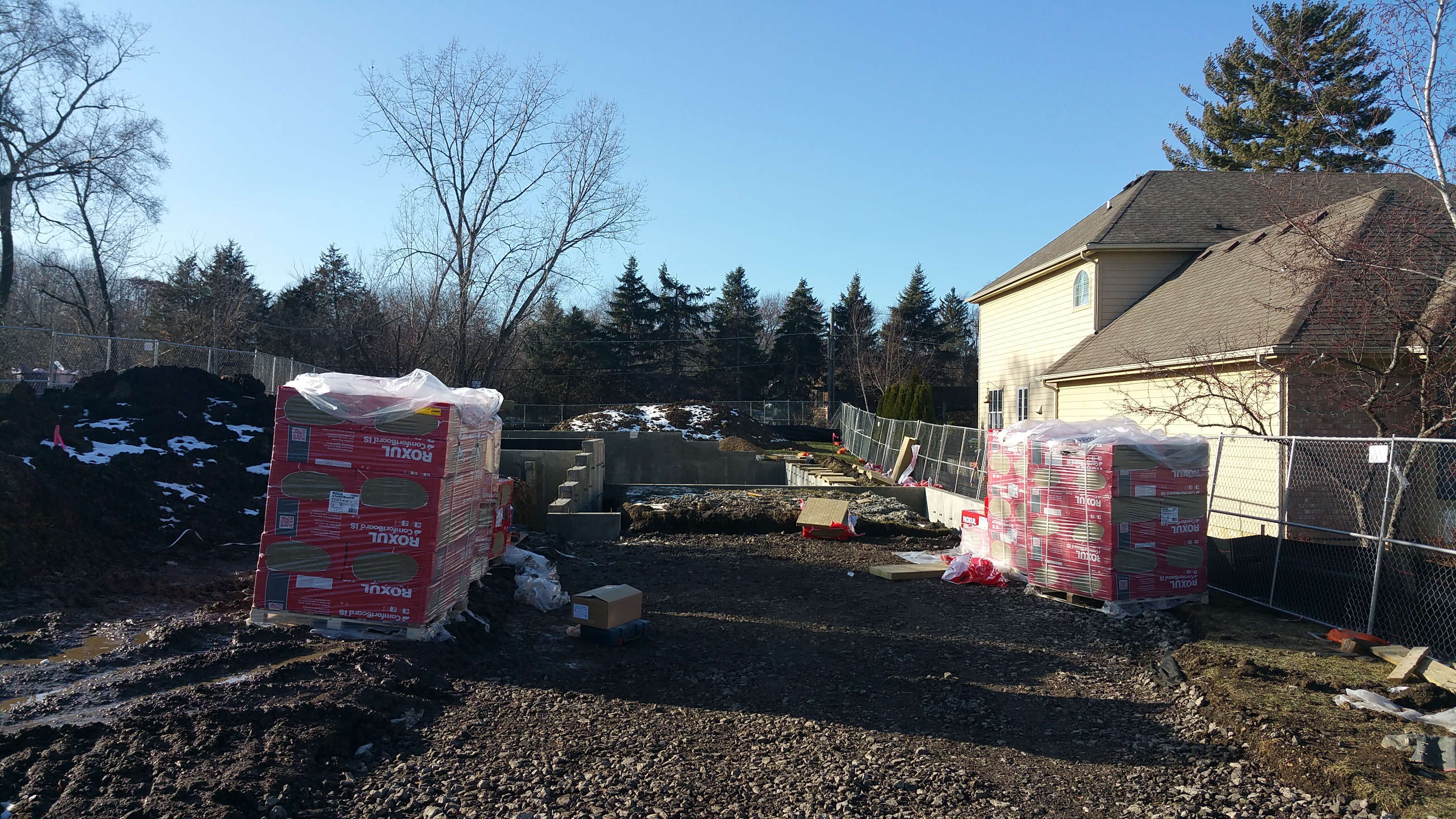 roxul-delivered-to-the-site