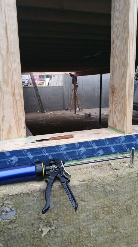 basement-closing-up-w-subfloor-install-from-knee-wall-opening