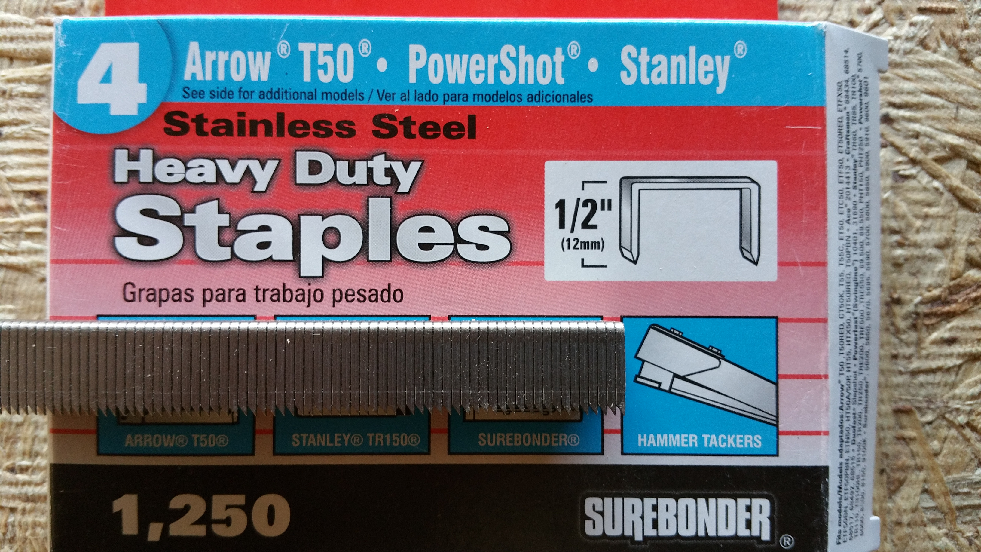 close up heavy duty Arrow staples