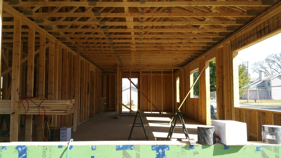 long view w wdw to front door framing