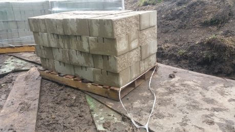 pallet of retaining wall block