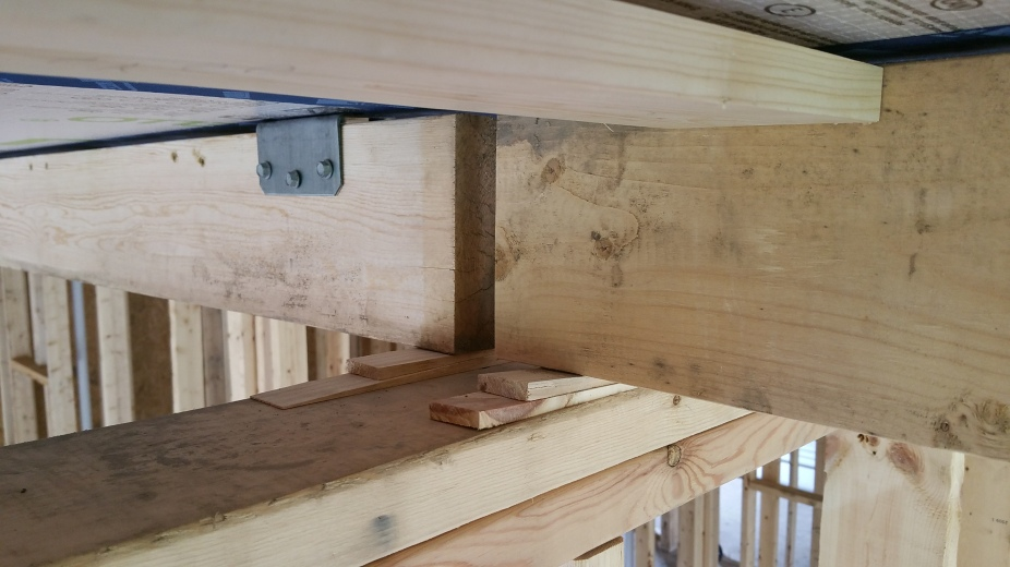 close up of partition wall w: service core and 1x4 cross battens
