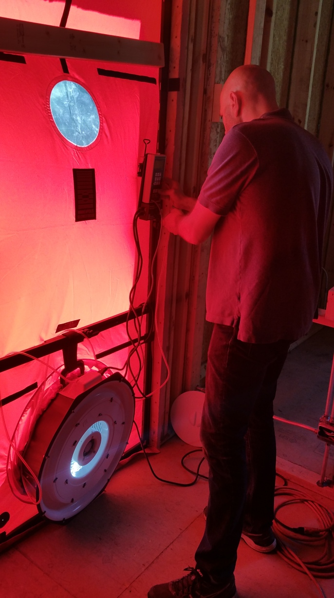 Steve starting blower door test
