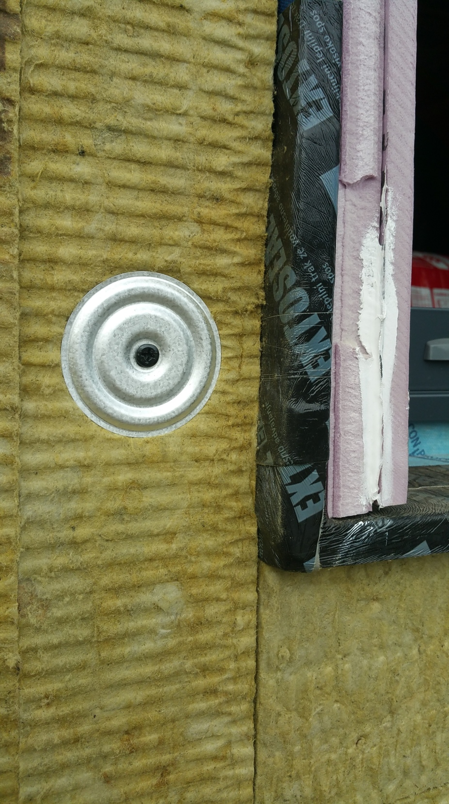 2nd layer rockwool fastener at wdw