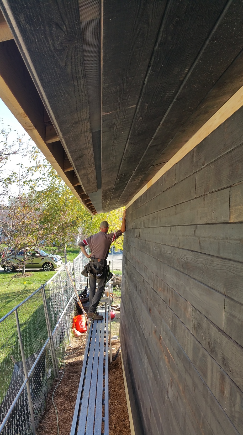 mark w: gar soffit screen mostly complete