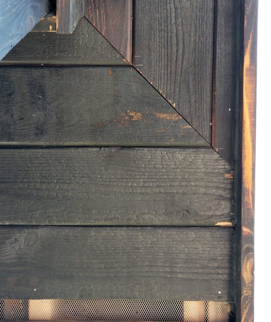 outside corner soffit w: tiger stripe
