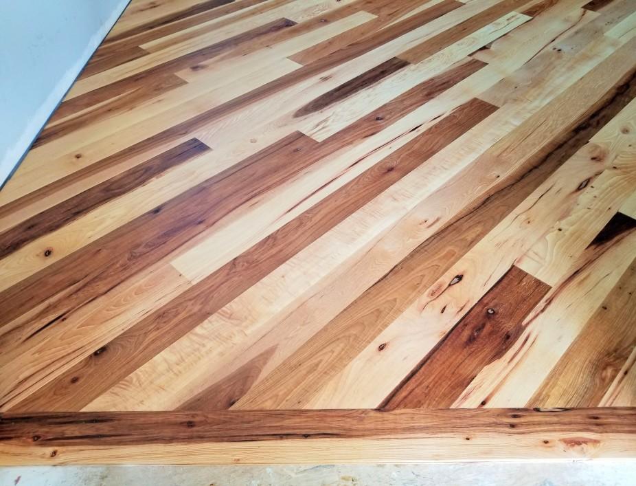 mbr cu floor color variation